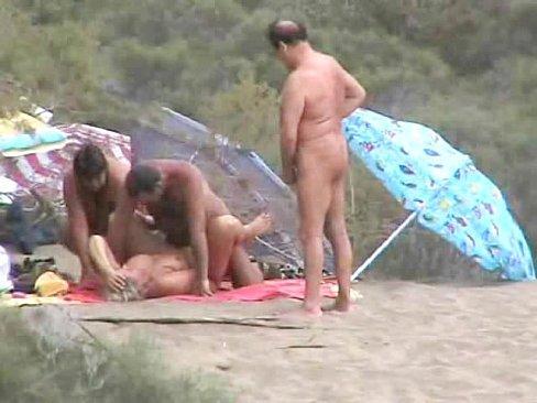 Public Beachsex  With Spectators