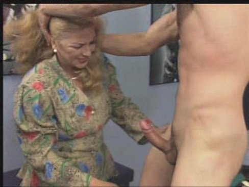 Mature – HAIRY – 2 Older Women Fucked On Table