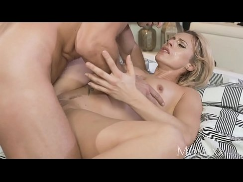 MOM Multiple Real Orgasms As Soaking Wet Nympho Gets Best Fuck Ever